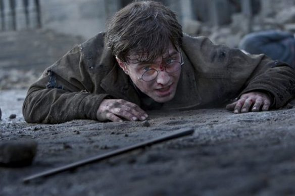 daniel_radcliffe_in_harry_potter_and_the_deathly_hallows_part_2